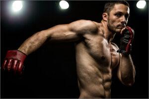 格闘技の練習している風景