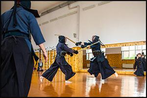 女性におすすめの護身術である剣道の稽古風景